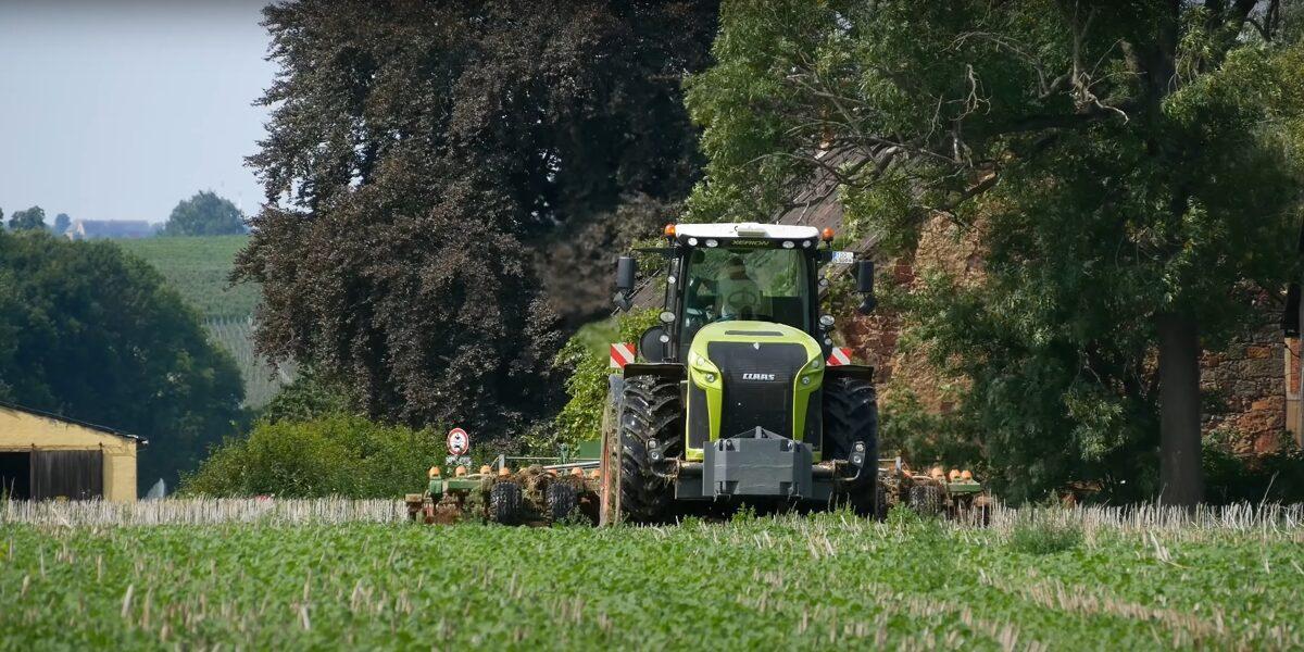 Der Ackerbau ist die Grundlage für unsere Ernährung. Eine leistungssteigerung gelingt nur mit modernster Technik und schonenden Umgang mit der Resorce Boden